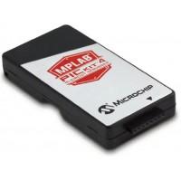 Microchip MPLAB PICkit 4 debugger és programozó